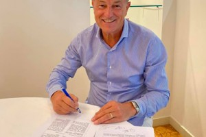 CONTRACT BINDING ME TO AZERBAIJAN FEDERATION SIGNED