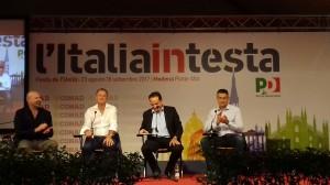 de biasi sul palco del pala conad con bonaccini, stoytchev e marani 3